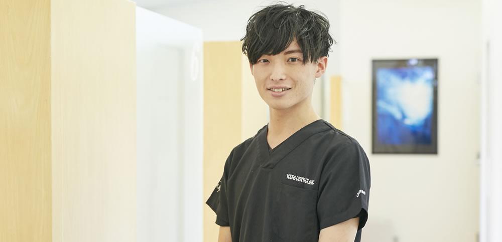 歯科医師 岡勢 隆蒔